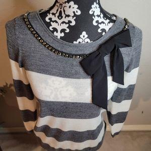 Ann Taylor Gray & Off White Striped Sweater Sz M